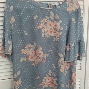 Rose and olive floral top
